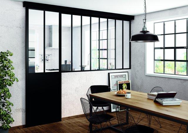 Agencement d'une verrière - Porte coulissante entre la salle à manger et la Cuisine